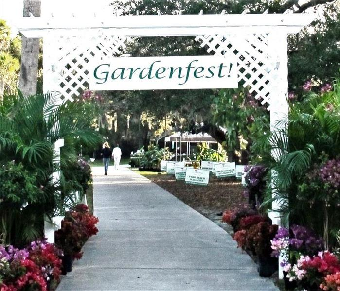 Sidewalk entry with Gardenfest! sign